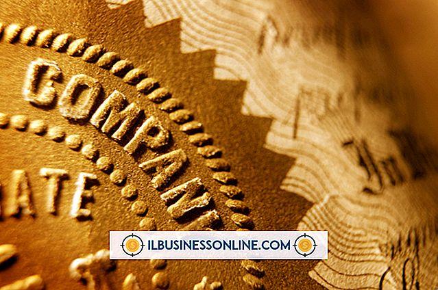 Kategori forretningsmodeller og organisasjonsstruktur: Hva er to av rettighetene som vanlige aksjonærer i et selskap har?