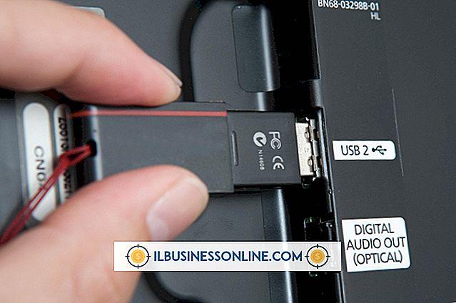 So verwenden Sie USB-zu-USB, um einen Laptop an ein Fernsehgerät anzuschließen