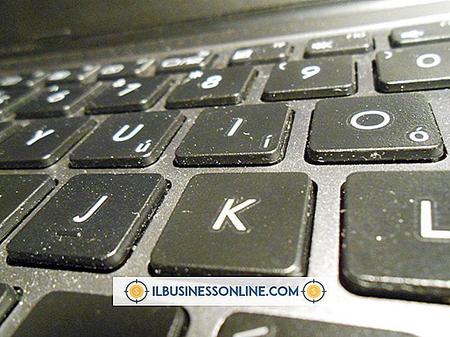 एक कंप्यूटर कीबोर्ड को साफ करने का सबसे आसान तरीका