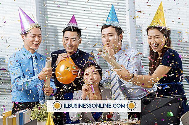 कंपनी के साथ एक कर्मचारी की वर्षगांठ कैसे मनाएं