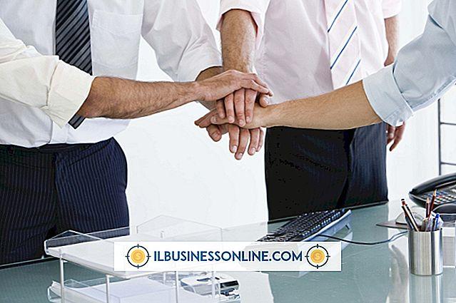 หมวดหมู่ การจัดการพนักงาน: อะไรคือข้อเสียของขั้นตอนที่ไม่เป็นทางการสำหรับความสัมพันธ์ระหว่างนายจ้างและลูกจ้าง?