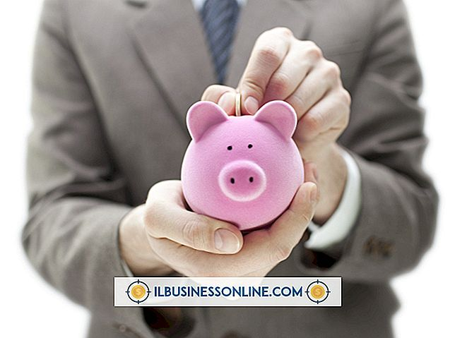 पैसा और कर्ज - तरीके आपका बैंकर आपके छोटे व्यवसाय के पैसे बचा सकते हैं