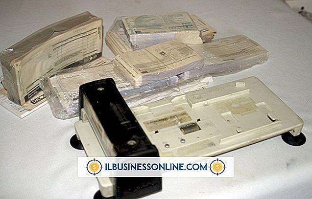 पैसा और कर्ज - कैसे एक क्रेडिट कार्ड मैनुअल Imprinter का उपयोग करें