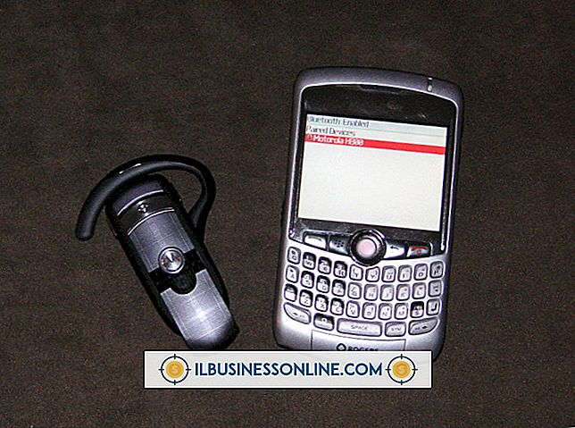 วิธีการเชื่อมต่อเฮดเซ็ทบลูทู ธ ของฉันเข้ากับ BlackBerry Curve ของฉัน