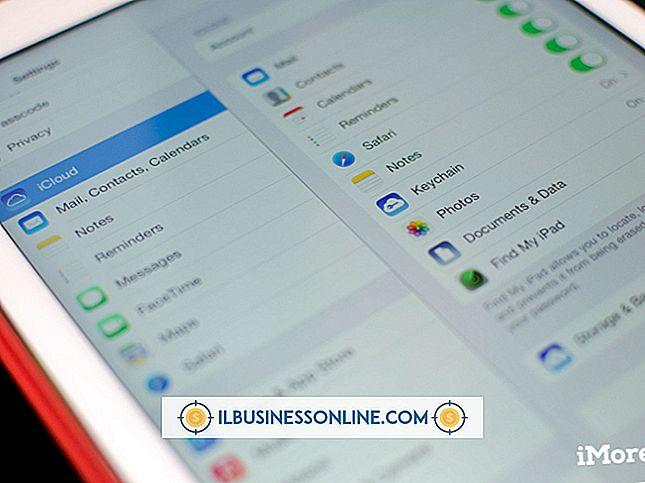 วิธีใช้ iCloud เพื่อใส่ผู้ติดต่อบน iPad